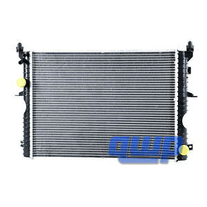 Radiator For 1999 2000 2001 2002 2003 2004 Land Rover Discovery 2 Ii Pcc001070