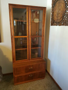 Founders Furniture Mid Century Modern Vintage Rosewood Glass Display Cabinet