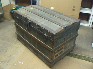 Antique R H Macy Round Top Steamer Trunk Chest Cunard Line Rms Carmania Labels