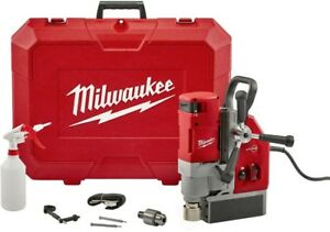 Milwaukee Electromagnetic Drill Kit 13 Amp 1 5 8 In Magnetic Base 2 speed Cut