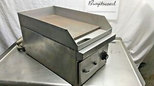 Cecilware E1812 12in Electric Countertop Flat Top Commercial Griddle 208 240