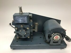 Edwards Vacuum Pump Edm12 Model 1400