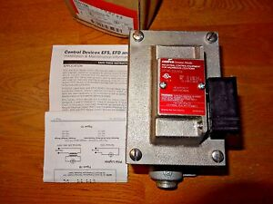 Crouse hinds Explosion Proof 600v Switch Part Eds1596 Eds271