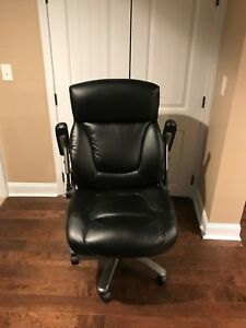Executive Chair Big And Tall Black supports Up To 450 Lbs