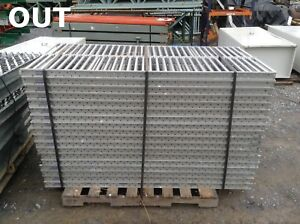 Unex Span track 15 Gravity Flow Roller Conveyor rack 65 3 4 X 15 3 8 X 2 5