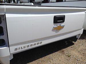 2014 18 Chevy Silverado Tailgate White No Lift Assist