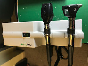 Welch Allyn 767 Ophthalmoscope With 11610 25020 Heads