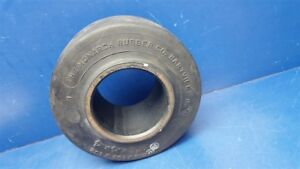 Monarch Smooth Press On Forklift Tire 8 5 X 4 X 4