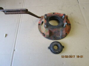 Economy Power King Tractor Clutch Housing Clutch Pedal Throwout Carrier Bearing