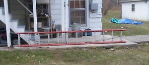 Louisville 24 Ft Fiberglass Extension Ladder Excellent