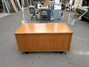 Vintage Oak Desk Double Pedestal 34 x 60 W center Drawer Wedeliverlocallynorca