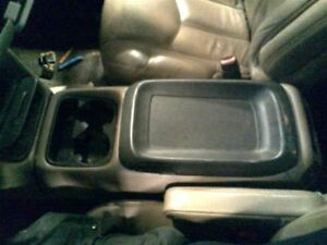 02 Avalanche 2500 Console Front Floor 2188366