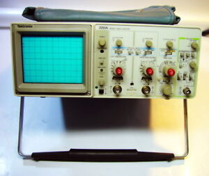 Tektronix 2213a Analog Oscilloscope 60mhz