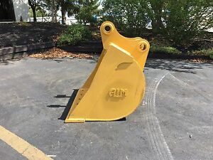 36 Caterpillar 312 Heavy Duty Ditch Cleaning Bucket