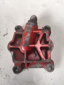 International Tractor 986 Hydraulic Valve End Part
