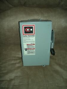 Cuttler Hammer 240 Volt 30 Amp Fuse able Safety Switch Type 3r Rainproof