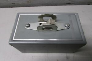 Square D Class 2510 Type Kg 2 Manual Motor Starter Switch