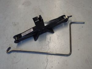 Subaru Forester Sg9 Sti 2004 07 Factory Car Lift Jack Tool