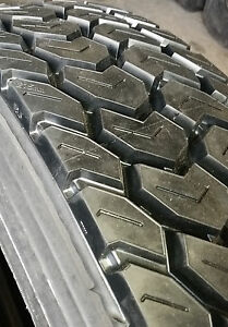 4 Tires Retreads 11r24 5 Mud And Snow Truck Tire Recaps 11 24 5 Radial 11245