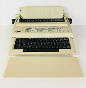 At t Model 6210 Electronic Typewriter With Manual Tested Works