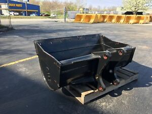 New 48 Ford 655d Backhoe Ditch Cleaning Bucket W Coupler Pins
