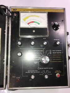 B k Model 466 Crt Tester rejuvenator By Dynascan Tube Tester Sold Parts Repair