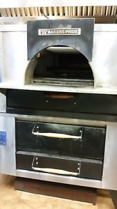 Baker s Pride Used Double Deck 65 Inches Gas Oven Model D 125 Fc 516