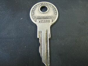 Vintage Antique Basco Key Xc 288 Lasalle Cadillac Caddy Young Motor Trunk