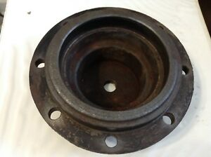 528703 A Used Gearbox Cap For A New Idea 5406 5407 5408 5409 5410 Mowers