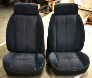Old Vintage Corvette Automobile Pair Bucket Seats L R 1969 To 1975 Used As Is