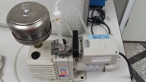Welch Vacuum Pump Model 8905a