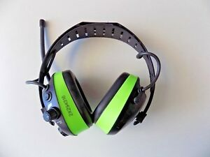 Hellberg React Hearing Protector Am fm Tuner Headset High Visability