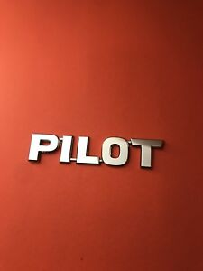 2003 Honda Pilot Rear Trunk Chrome Emblem Badge Symbol Logo Oem 03 04 05 06 08