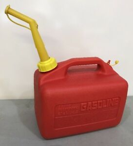 Vintage Sears Craftsman Gas Can 2 1 2 Gallon Vented Model 33623