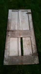 C1830 40 Raised Four Panel Door Old Paint 69 1 2 Tall X 29 3 4 Wide D18