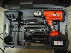 Ridgid Propress Rp 210 W charger 3x Press Frames 2x Batteries And Case