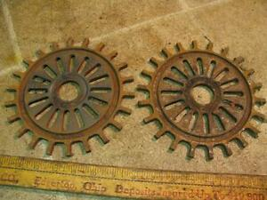 2 International 3127a Soybean Corn Planter Plates Mccormick Ih Ihc Cast Iron