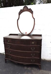 Flame Mahogany Carved Dresser With Mirror 6828