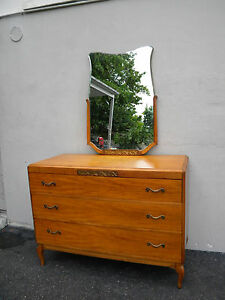 French 1930 S Mahogany Dresser With Mirror By Northern Furniture 3585