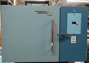 Tenney Jr Environmental Test Chamber 115v Air Cooled No Humidity 2 Port Hole