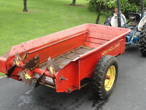 New Holland Manure Spreader Super Condition
