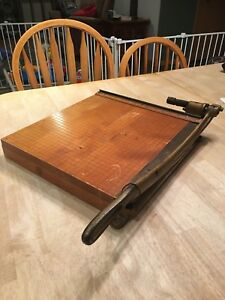 Vintage 1940s Ingento No 5 Solid Maple Heavy Duty Steel Paper Cutter