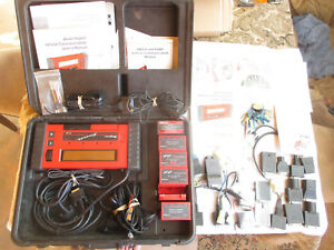 Snap On Mt2500 Diagnostic Scanner With Cartridges Keys Manuals And Lots More