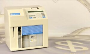 Ysi 2700 d Select Biochemistry Analyzer