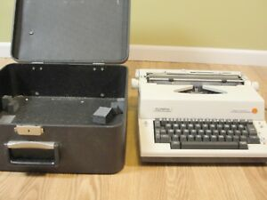 Olympic Report Portable Electric Ske a81 Typewriter Hard Case Western Germany