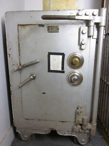 Herring Co Floor Safe Old Bank