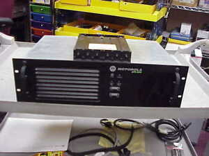 Xpr 8300 Uhf Dmr analog Repeater 407 470 Mhz Range With Duplexer