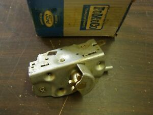 Nos Oem Ford 1959 Fairlane Door Latch Mercury Rh 1961 1962 1963 Thunderbird