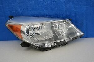 2012 2013 2014 Toyota Yaris Hatchback Right Headlight