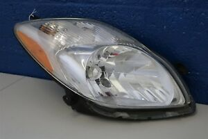2006 2007 2008 Toyota Yaris Hatchback Right Headlight Halogen